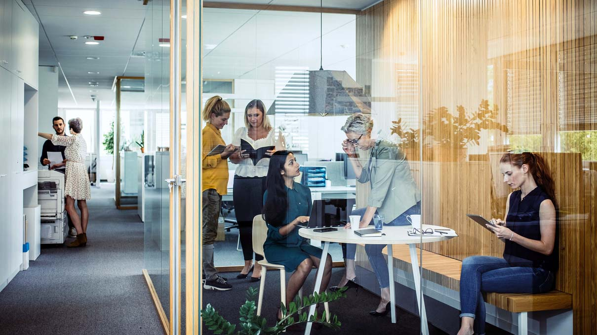 An InnerSpace study: Head office taps indoor location data for deeper insights into the needs and behaviors of different teams
