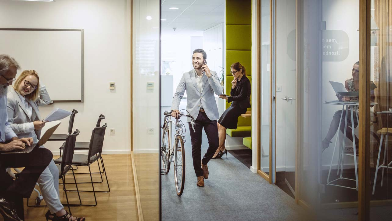 Hybrid workforces are the future: 5 keys to success